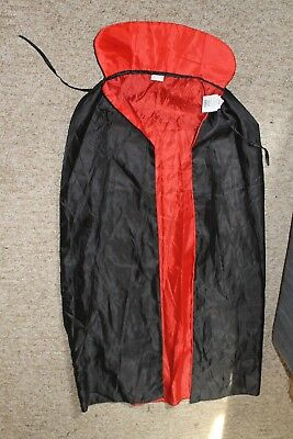 NEW Adult Black/Red Halloween Dracula Cape reversible