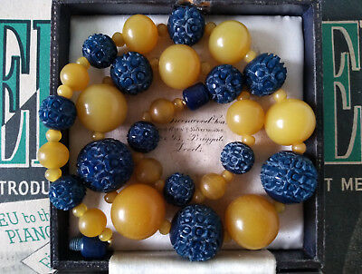 VINTAGE ART DECO 1920s 30s FAUX AMBER CARVED CELLULOID BEADS NECKLACE