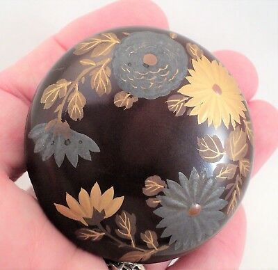 Antique JAPANESE KOGO Incense BOX Small Lacquer Gold & Silver Chrysanthemums 2""