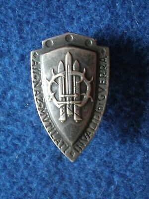 Italy: Badge of the National Association of Mutilated and Invalids of War.