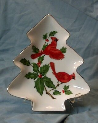 1984 Lefton Cardinal 04540 China Christmas Tree Candy Dish Holiday Holly
