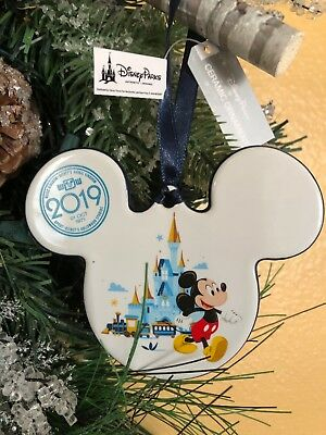 Disney World 2019 Mickey Mouse And Minnie Mouse Holiday Ornament