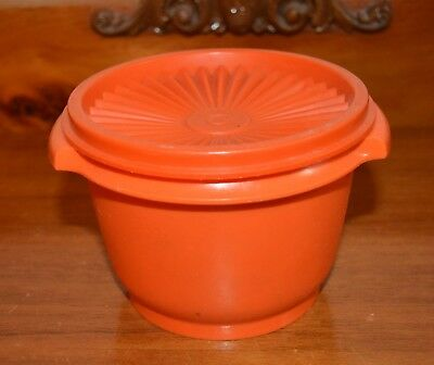 Small Vintage Orange Round Tupperware Container & Lid very good