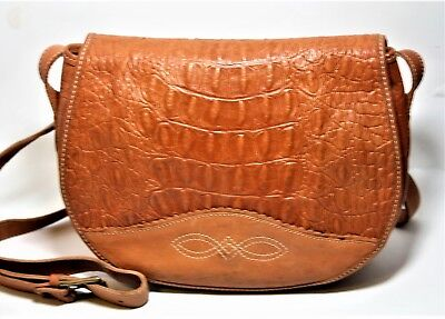 a6cf7810e Vintage Unisa Handbag Alligator Embossed Genuine Leather Crossbody Saddle  Bag Vt