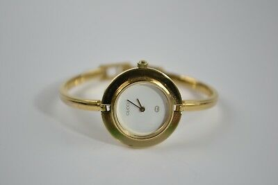 cdf1d3e2253da VINTAGE AUTHENTIC GUCCI 1100 L Gold Ladies Bangle Watch! -  63.00 ...