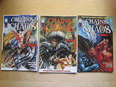 """VAMPIRELLA : """"CHAINS OF CHAOS""""- COMPLETE 3 ISSUE SERIES by SNIEGOSKI.HARRIS.1994"""