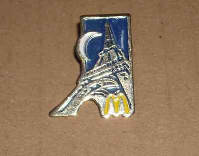 1 PIN'S Mc DONALD'S TOUR EIFFEL ARTHUS BERTRAND