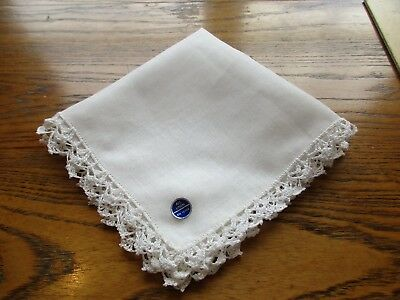 VINTAGE BRIGHT WHITE LINEN  HANKIE w WHITE CROCHETED  EDGE new w tag