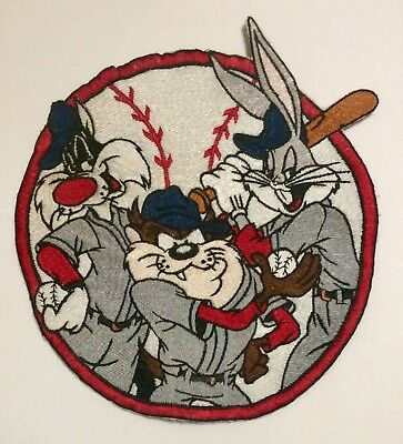 LARGE Looney Tunes Patch BUGS BUNNY, TAZ, SYLVESTER BASEBALL