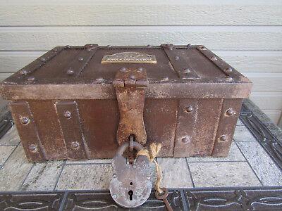 Heavy WINCHESTER All Metal Stag Coach Strong Box w/Antique Padlock & Key