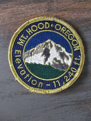 Mount Hood Oregon mountain hike round embroidered patch 3""