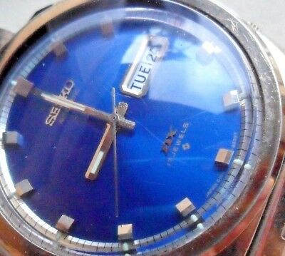 Blue Dial Vintage 1972 Men's Seiko DX 17 Jewel Automatic Day Date 6106-8207 Runs