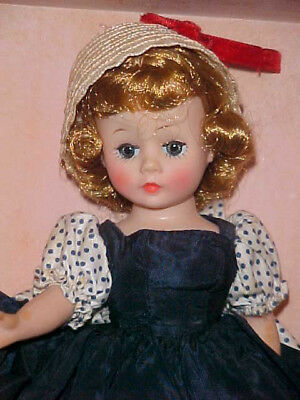 Beautiful Vintage Madame Alexander Cissette Doll with Original Clothing & Box