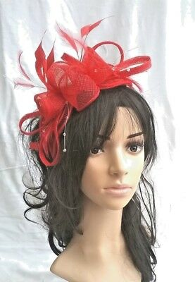 NEW.POPPY RED SINAMAY & FEATHER FASCINATOR.WEDDING OCCASION.rosette/crystals