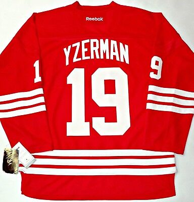 Nwt Steve Yzerman Detroit Red Wings L xl Men Reebok Jersey W  Retirement  Patch 36fc739fb