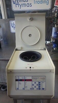 Philip Harris Sigma 3-15 Centrifuge 56cm d x 42cm w x 38cm h Fully working