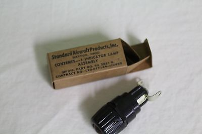NOS Standard Aircraft Products Indicator Lamp Assembly Dimmable SA-3821-B