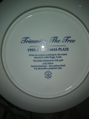 Avon1995 Christmas Trimming The Tree Collectors Plate..Set Of Two