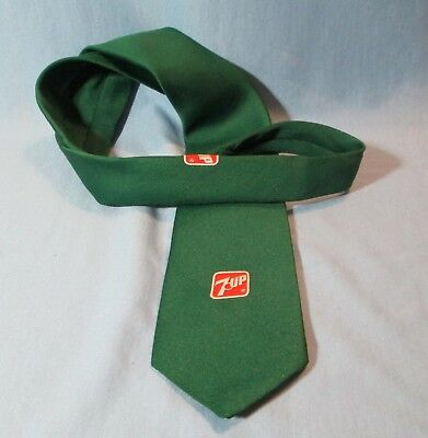 Vintage 1970's 7UP 7 up  Dress TIE  Soft Drink Advertising w/GOLDEN CLASP
