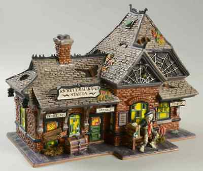 Dept 56 SNOW VILLAGE HALLOWEEN 10th Anniversary Rickety Railroad Station 7196716