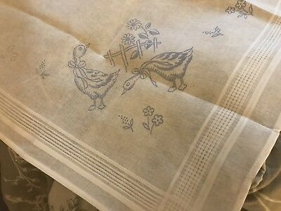 COTTON EMBROIDERY DUCK TABLECLOTH TO EMBROIDER 80x80cm ONLY