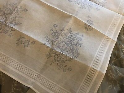 COTTON EMBROIDERY FLOWER'S IN BASKET TABLECLOTH TO EMBROIDER 80x80cm ONLY
