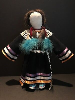 """12"""" 20th C SIOUX DENTALIUM SHELL WOOL DRESS DOLL with STAND, Mint"""
