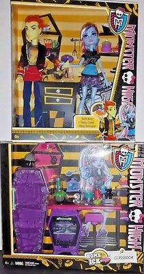 Monster High Lot Home Ick Classroom Playset and Heath Burns  Abbey Doll Set New