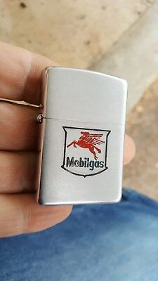 1953 MOBILGAS Zippo Cigarette Lighter,Pics Flying Red Horse Logo, Mobil Oil Co