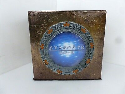 """Stargate SG-1 """"The Complete Series"""" DVD Box Set IOB W/ Holographic Title"""