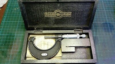 Vintage Moore And Wright No.966 Micrometer