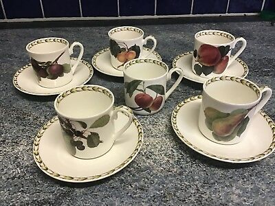 Brand New Queens Bone China Espresso Mocha 5 Cups & Saucers With FREE Extra Cup