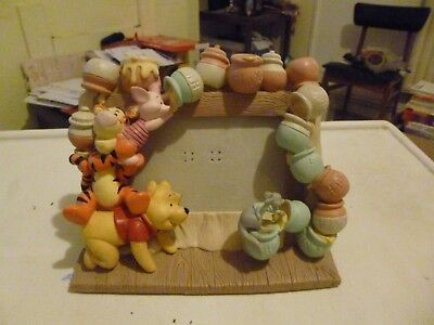 """Collectable Winnie the Pooh & Friends Disney 3D Ceramic Picture Frame 6x4"""" VGC"""