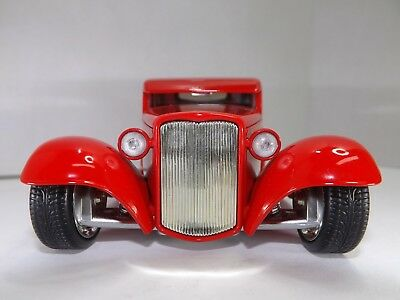 1932 Ford Hot Rod Pickup Diecast Car Jada D-Rods Brand New Color  Red