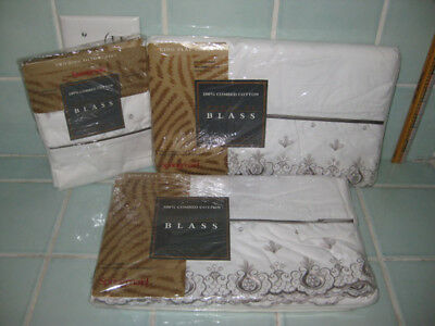 NOS Bill Blass Embroidered Annelise Cotton Percale King Flat Sheets Pillowcases