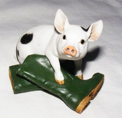 Border Fine Arts - Spotty Piglet and Wellies - On The Farm - Excellent Condition