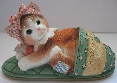 Calico Kittens Nothing's As Comfortable As Being With You 1997 Enesco Figurine