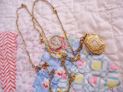 ORNATE VINTAGE ART DECO GOLD FILLED LOCKET w/OLD PICTURES w/LONG CHAIN NECKLACE