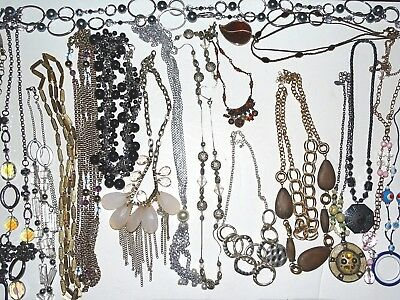 Vintage To Modern Lot Of 20 Fancy Necklaces Pearl Style Wood More Pretty