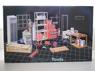 Fujimi - Garage & Tools / Welder / Torch Set / Tool Box Diorama 1/24 Model Kit