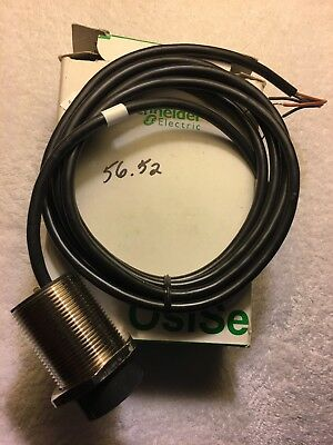 Schneider Telemecanique Proximity Switch XS2-M18MB230 XS2M18MB230 new Free ship