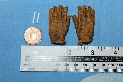 Did Dragon 1:6Th Scale Ww2 U.s Gloves & Smokes Armoured Div From Donald
