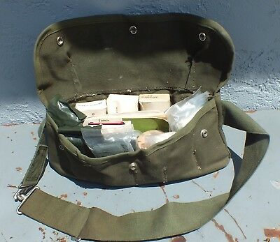 Military First Aid Kit Crew Belt NSN: 6545-01-010-7754 (dated 1979)