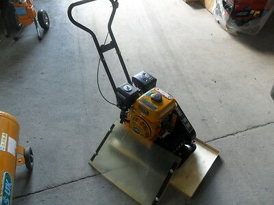 WACKER PLATE COMPACTOR PLATE COMPACTION PLATE c60 ct21 and free mat  last one