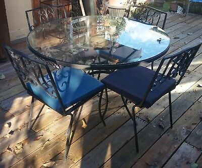Mid Century Wrought Iron Outdoor Patio / Dining Set Table Chairs Vintage