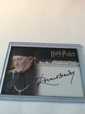 2007 Artbox Harry Potter TOOTP Update Autograph for Robert Hardy