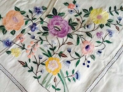 """Gorgeous Vintage Large 98"""" X 72"""" Hand Embroidered Linen Table Cloth"""