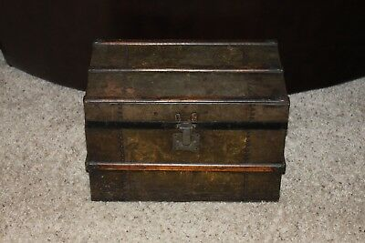 Vintage Small Travel Or Doll Trunk Wood And Metal