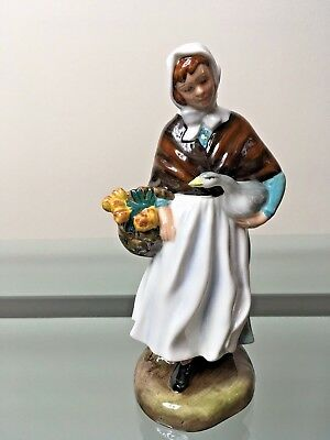 Royal Doulton Country Lass HN1991 Excellent Condition