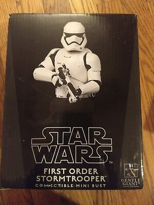 Gentle Giant Star Wars First Order Storm Trooper Collectible Mini Bust 1693/3700